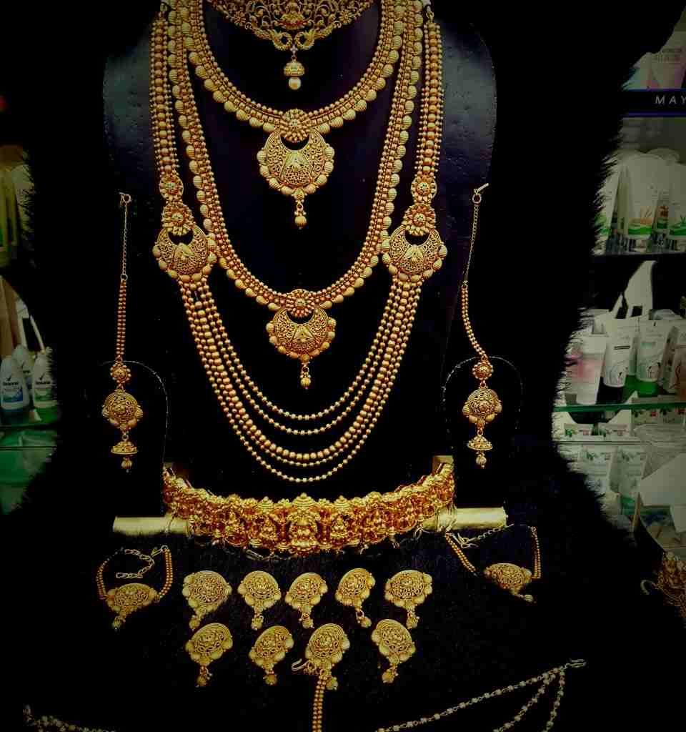 Bridal Jewelry Indian Wedding: South Indian Bridal Jewelry Sets Buy/ Rent- For Wedding